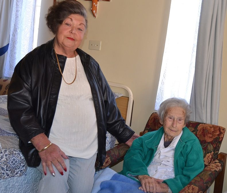 Hartbeesfontein granny is a century old